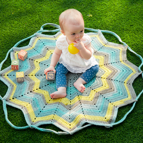 Baby on Blanket Pattern