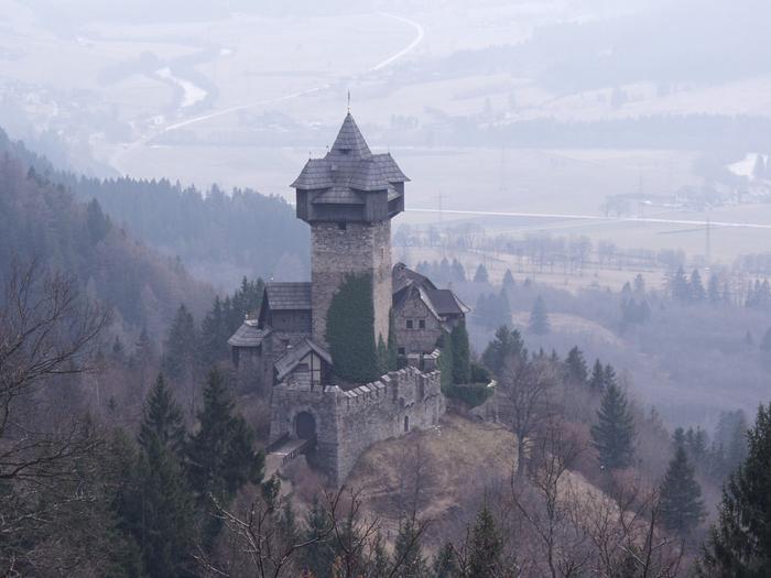 "alt=""Замок Фалькенштайн"""