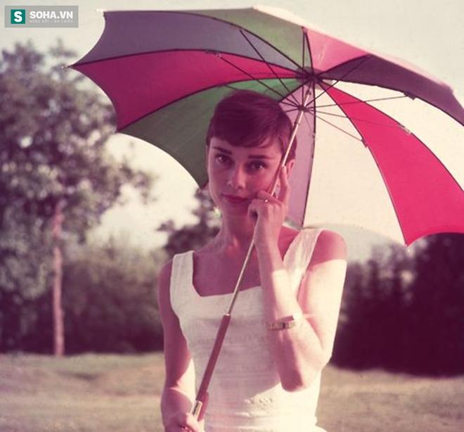 Có một ngôi sao cô đơn mang tên Audrey Hepburn - Ảnh 5.