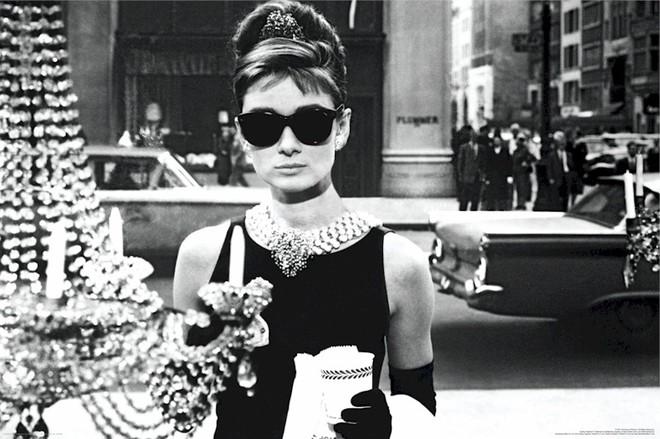 Có một ngôi sao cô đơn mang tên Audrey Hepburn - Ảnh 6.
