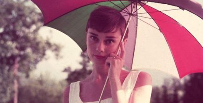 Có một ngôi sao cô đơn mang tên Audrey Hepburn