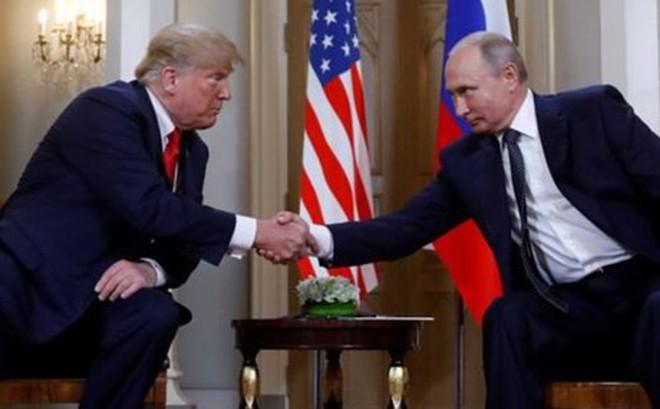Tổng thống Donald Trump: Nga muốn sự giúp đỡ của Mỹ vỠ kinh tế