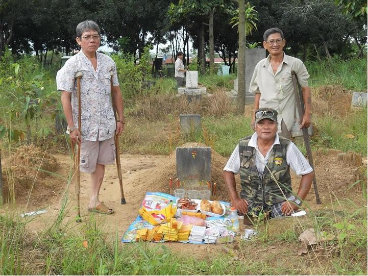Nghia Trang Quan Doi Bien Hoa