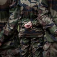 militaires vue de dos