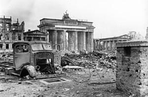 Berlin ruins 1945