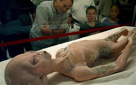 Roswell Alien Body Display