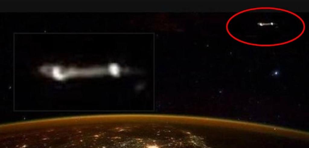 Scott Kelly UFO Photo
