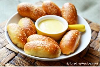 Mini-Stuffed Pretzel Bites
