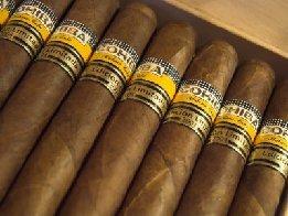 https://2.bp.blogspot.com/-iYxP4MaZmcw/TqbVGOhz5sI/AAAAAAAAMzA/BnAoOl7P1jo/s1600/Cubas-CigarsMA28878391-0017.jpg
