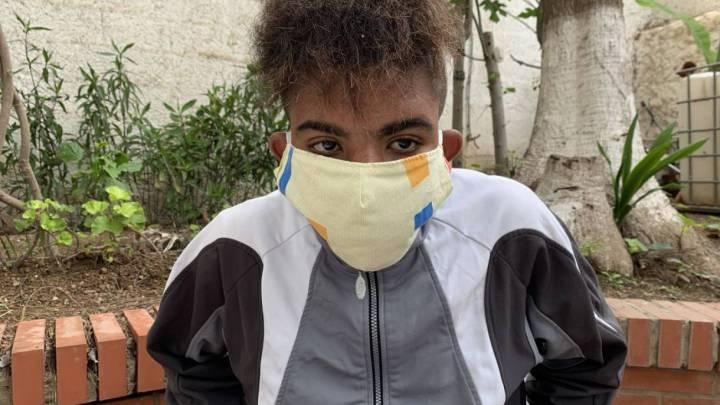 Amin, el joven que lucha entre la vida y la muerte tras no ser bien gestionado su enfermedad de riñón por las autoridades.
