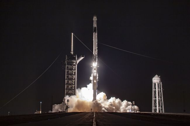 SpaceX Crew Dragon Splashes Down in Atlantic to Cap Historic Test Flight