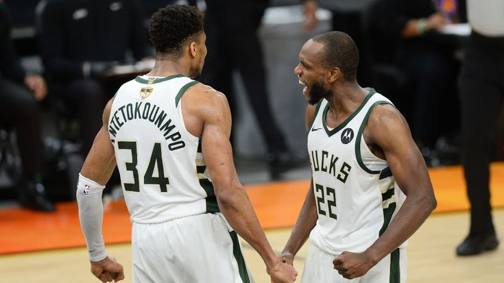 Ultimate Highlight: Bucks take 3-2 lead in Finals