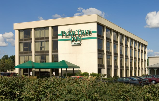 Pear Tree Inn Terre Haute - Exterior