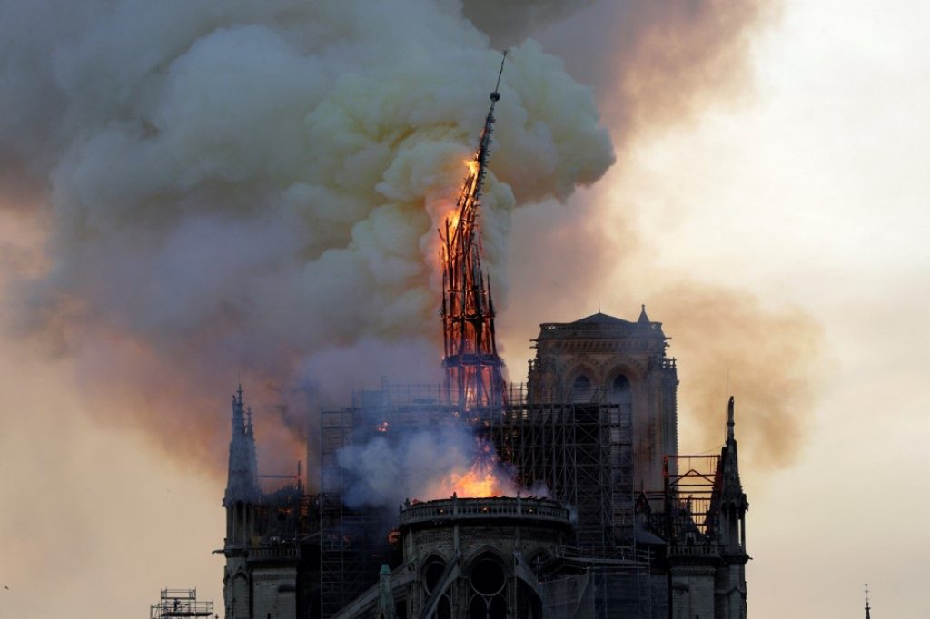 La estructura comienza a ceder. / AFP