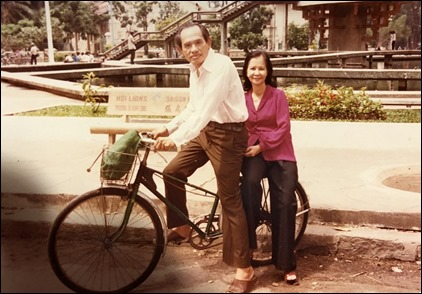 Pic 5 Ông                                                           Bà Khai Trí                                                           năm 1983