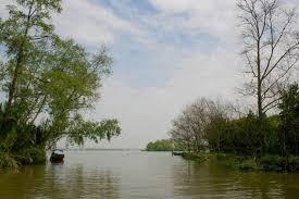 Image result for Hình ảnh dòng sông quê nghèo