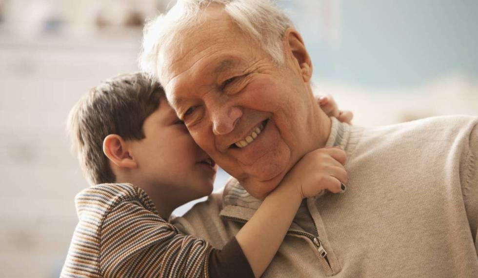 Un padre divorciado pierde la custodia de su hijo por dejarlo sistemáticamente al cuidado de sus abuelos