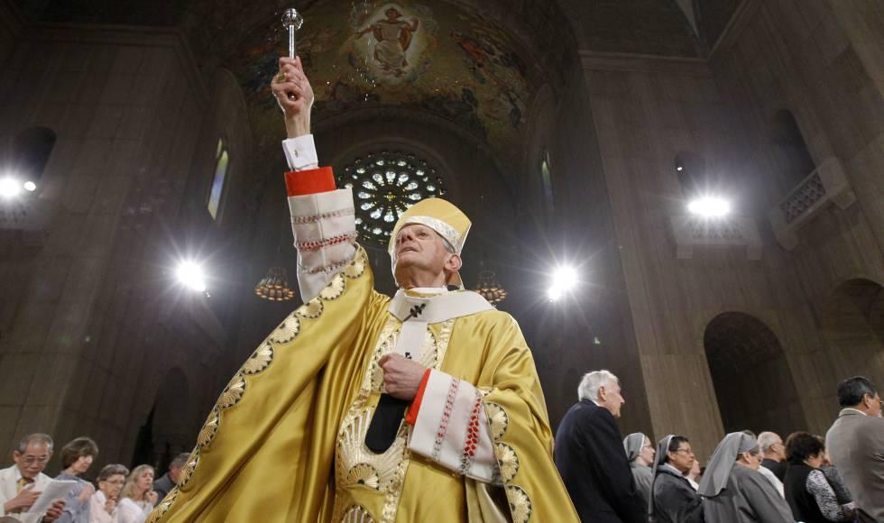 El 14 de agosto, el Gran Jurado de Pennsylvania acusó al Cardenal Donald Wuerl de proteger a los sacerdotes abusadores de menores.