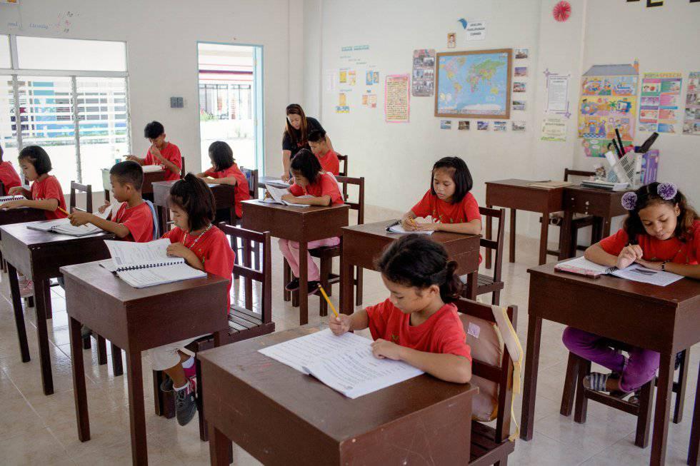 Una clase en Recovered treasures, donde se consigue que los menores completen su educación.