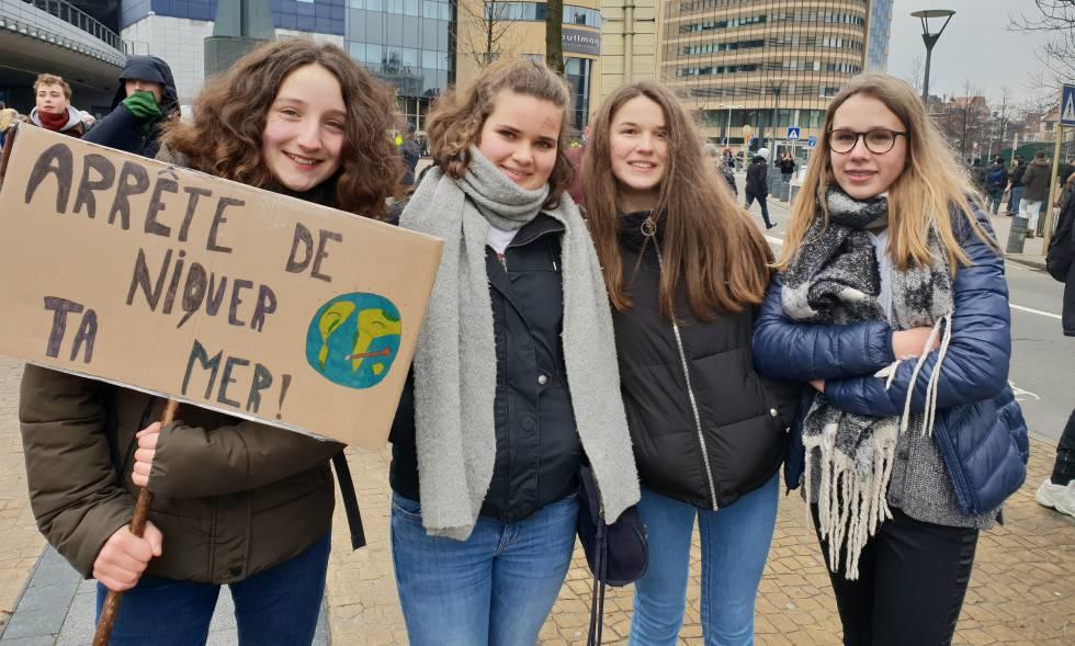 Salomé Salim, Manon Deraiw, Clara Legrand y Juliette, de 13 años.
