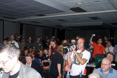 bash05crowd-for-giveaways
