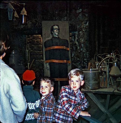 KidsinTheLab1960s2