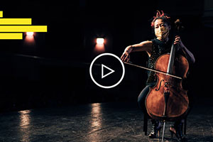 Woman playing the Cello on stage