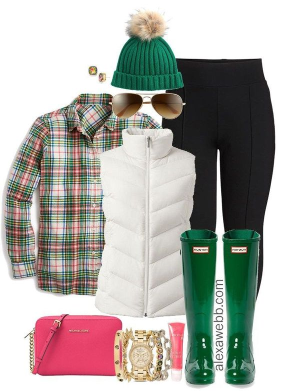 Plus Size Preppy Outfit - Plus Size Winter Outfit Idea - Wide Calf Hunter Boots - Plus Size Fashion for Women - alexawebb,com #plussize #alexawebb