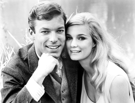 Richard Chamberlain & Yvette Mimieux in Joy in the Morning (1965)