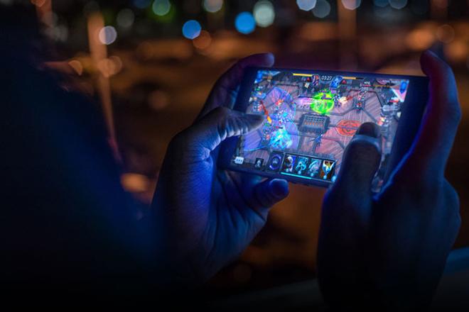 Điểm danh loạt smartphone sẽ gây sóng gió năm 2019 - 16