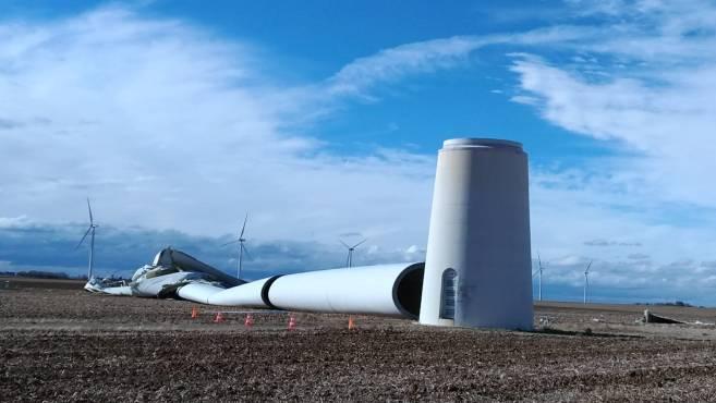 Une éolienne s'est effondrée dans le Pithiverais