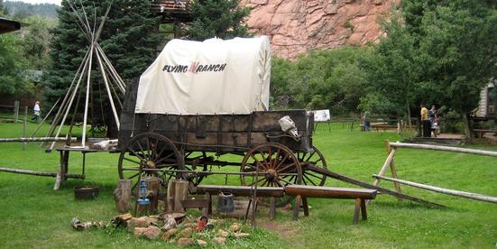 Flying-W-Ranch-Chuck-Wagon-CO-1600x800-1