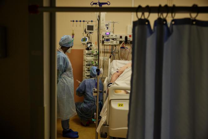 Dans le service de blocs opératoires de l'hôpital Lyon-Sud, la salle de réveil a été modifiée pour devenir une réanimation.