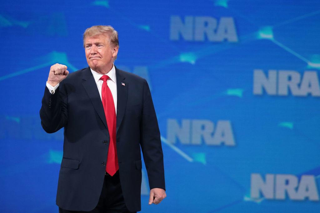 Trước khi virus Vũ Hán tấn công nước Mỹ, trong hai tháng đầu năm 2020, Tổng thống Donald Trump đã đạt được 3 sự kiện đại thành công trên lĩnh vực chính trị và kinh tế...