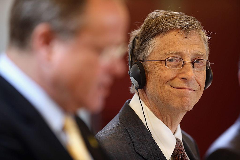 Với vị thế hiếm có giữ gìn mối quan hệ qua ba thế hệ lãnh đạo ĐCSTQ, có thể phần nào hiểu tỷ phú Bill Gates đã có một quá trình gắn bó lâu dài với Trung Quốc.