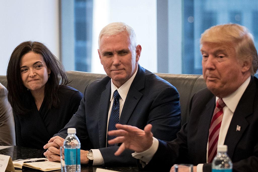 Với đức tin của mình, ông Pence cho rằng sứ mệnh của mình là ở bên cạnh vị Tổng thống này. Đối với những lời chỉ trích hay công kích, vị Phó Tổng thống luôn dành sự khiêm tốn để lắng nghe