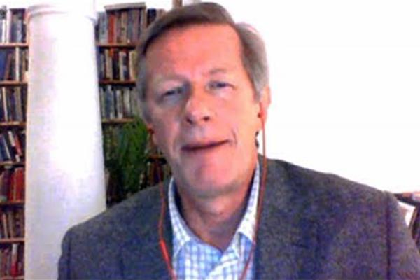 """Giáo sư Patrick Bond, nhà kinh tế học cao cấp của cựu Tổng thống Nelson Mandela đã mô tả các hoạt động từ thiện của Bill Gates là """"Tàn nhẫn và vô đạo đức""""."""