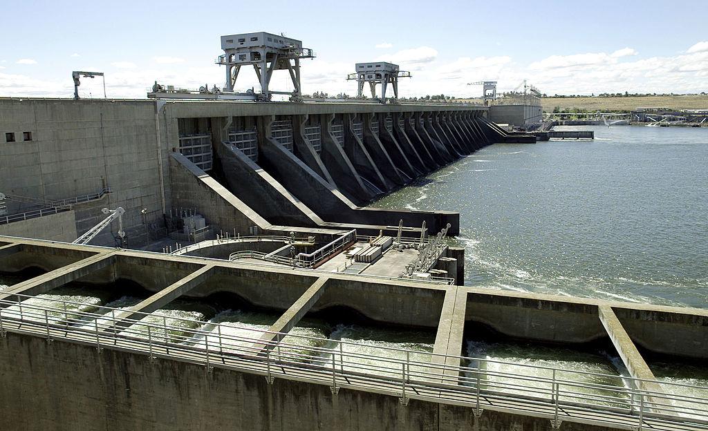 Hiện nay số lượng các đập thủy điện trên lưu vực chính sông Mekong là hàng chục con đập, chưa kể đến con số 94 đập thủy điện trên các dòng nhánh của Mekong