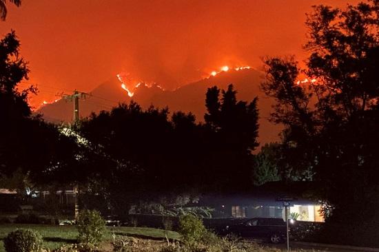 حرائق الغابات في الساحل الغربي