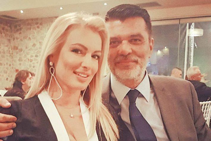 Με αρετή και τόλμη: Ο βουλευτής της Νέας Δημοκρατίας που παντρεύεται την εντυπωσιακή Βίκυ Παπαλουκά