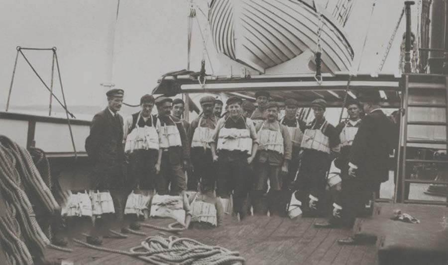 Учение при возможном кораблекрушения на Титанике