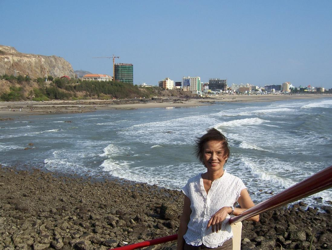 Hằng (Vũng Tàu- mồng một Tết Mậu Tí 2008)