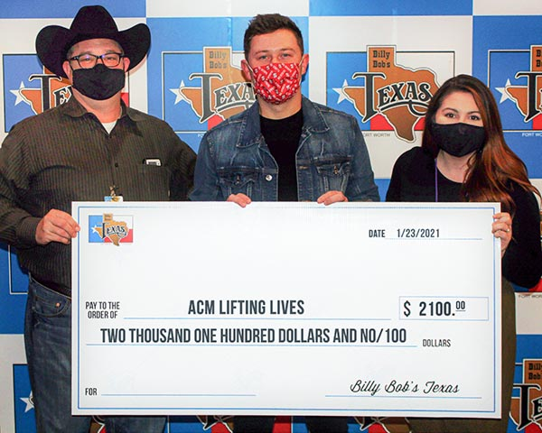 Billy Bob's Texas / Scotty McCreery - ACM Lifting Lives check presentation