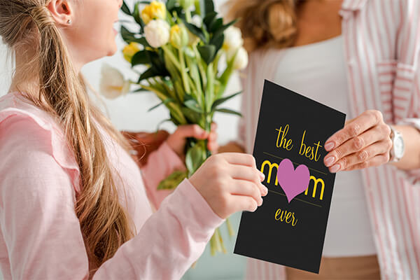 Best Mom Ever. Personalize a Gift Now.