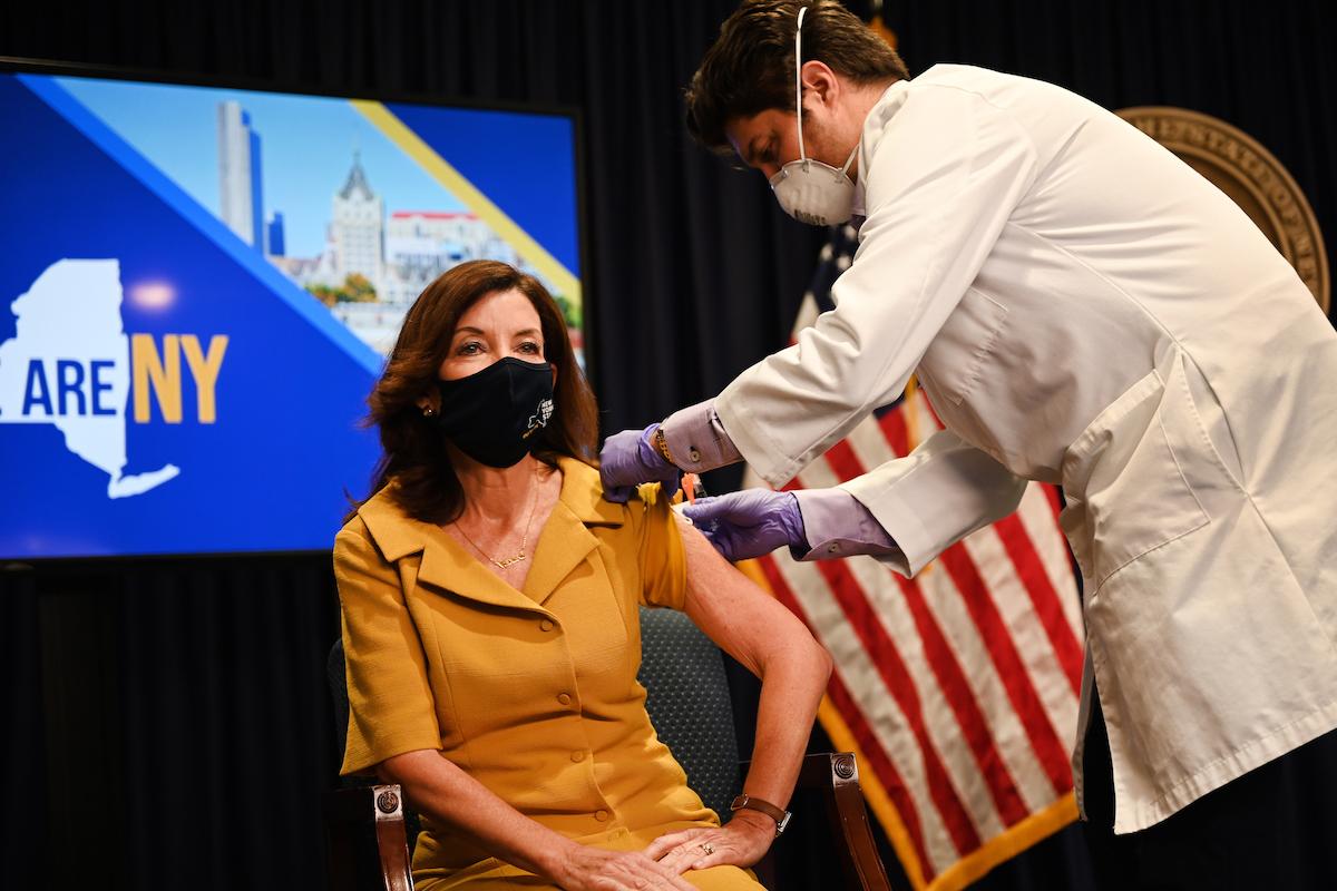 Gov. Hochul receives the flu shot.