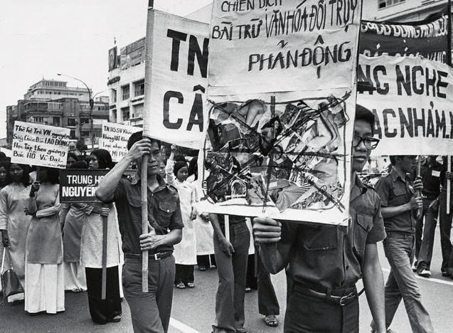 Chiến dá»ch Bài trừ VÄn Hóa Äá»i Trụy ( 21 tháng 5 1975) !!!