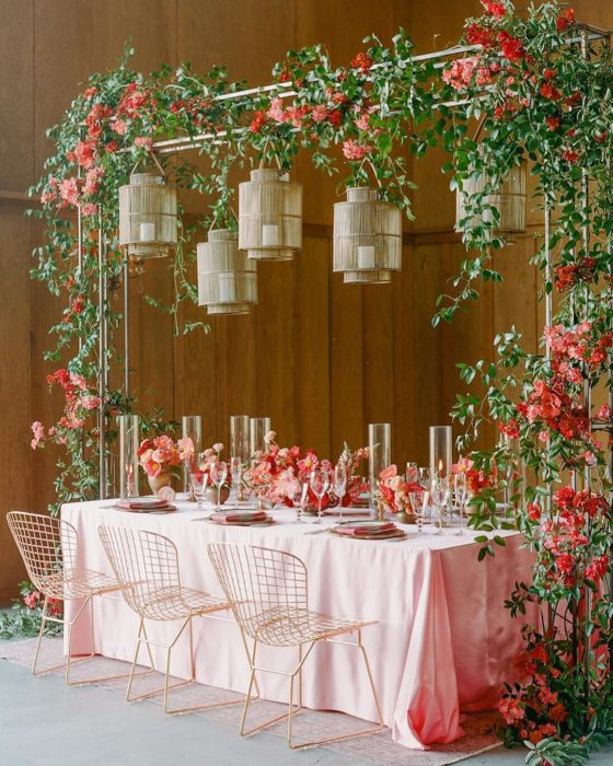 25 Unique Wedding Lights to Brighten Your Day