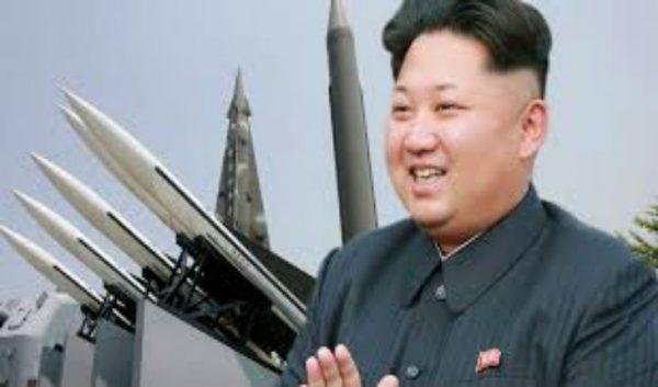 """Le leader nord-coréen Kim Jong Un serait dans un état """"végétatif"""""""