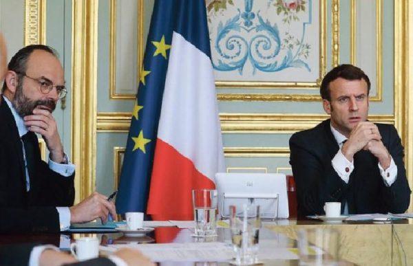"""Révélations scandaleuses du Canard Enchaîné: Macron et son gouvernement auraient donné consigne le 19 mars de limiter l'accès à la réanimation des """"personnes fragiles"""", les personnes âgées... (Vidéo)"""