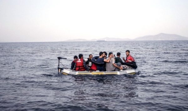 Par peur de l'épidémie, des migrants clandestins payent plus de 5000 euros pour quitter l'Espagne pour le Maroc